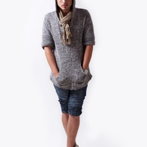 grey-sweatshirt_00-300x400